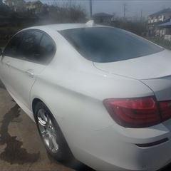BMWの5シリーズ(DBA-XG28):左リアドア、左クォーターパネル修理、塗装 作業工賃210,000円/合計金額(税込)231,000円