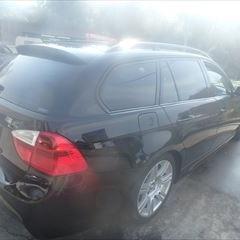 BMWの3シリーズ(ABA-VR20):右フロントドアベルトモール、右リアドアベルトモール交換、右フロントドア他の修理、塗装など