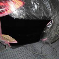 メルセデスベンツのCクラスステーションワゴン(LDA-205204):リアバンパー修理、塗装 作業工賃100,000円/合計金額(税込)110,000円