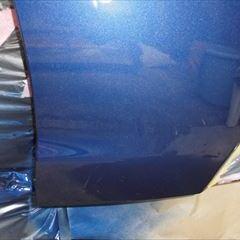 トヨタのカムリ(DAA-AXVH70):フロントバンパー修理、塗装 作業工賃28,000円/合計金額(税込)30,800円
