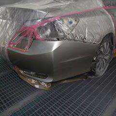 ホンダのアコードハイブリッド(DAA-CR6):右フロントドア板金塗装、リアバンパー修理塗装 作業工賃120,000円/合計金額(税込)132,000円