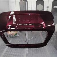 トヨタのプリウスα(DAA-ZVW41W):リアまわり板金塗装