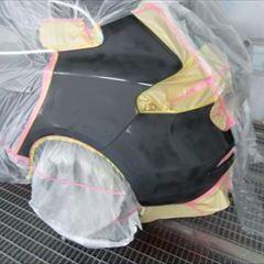 ボルボのV40(DBA-MB4154T) 傷の修理方法と費用 左クォーターパネル、リアバンパー板金塗装 作業工賃105,000円